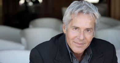Claudio Baglioni Compie 66 anni  Cantautore Romano