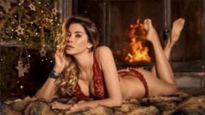 Immagini Natale Hot.Aida Yespica Natale Hot In Lingerie Rossa Official Movida News